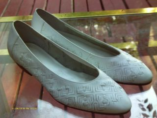 cabin creek white leather flats slip ons womens size 8 5 shoes