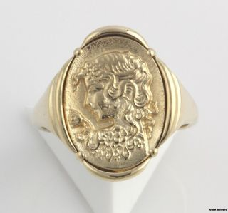 Cameo Style Womens Fashion Ring   10k Solid Yellow Gold Signet Style