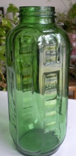 Emerald Green Glass Water Juice Bottle 40 oz Owen Illinois