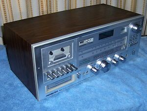 Soundesign 8 Track Stereo Cassette Tape Player Receiver Am FM Radio