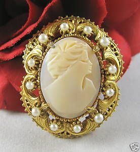 Vintage Florenza Carved Cameo Pin Brooch Cat Rescue