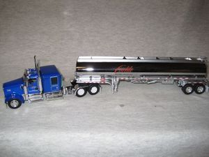 DCP 1 64 Carlile Trans Kenworth W900L Petro Tanker Trailer Ice Road