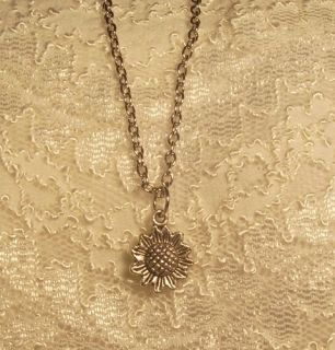 Necklace Pretty Sunflower Fits Lee Middleton Dolls Silvertone