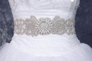 Carrieann Luxury Swarvoski Rhinestone Bridal Sash Belt