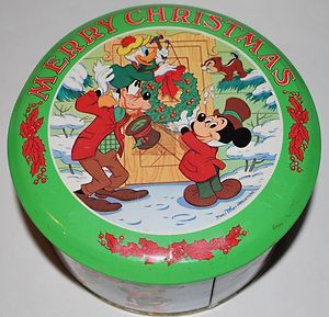 Limited Edition Metal Candy Christmas Tin Mickey Goofy Chip Dale