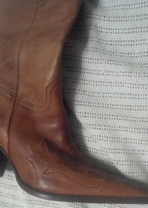 Charlie 1 Horse by Lucchese Cowboy Boots size 9 5 very light use