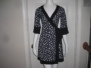 Diane Von Furstenberg DVF Silk Wrap Dress Size 2