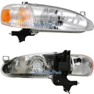 98 02 Prizm Headlight Headlamp Corner Light Passenger R