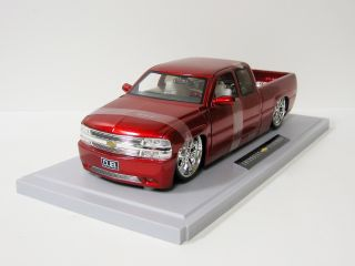 2003 Chevy Silverado Diecast Model Truck   Jada / DUB City   118