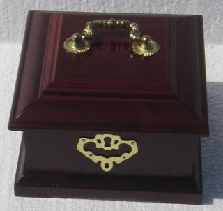 Cherry Wood Jewelry Box with Gold Tone Hardware w/ Removable Organizer