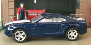 2006 CHEVY CAMARO Z/28 CONCEPT, Opening Hood, RRs, 164 Diecast, #0010