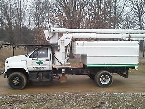 truck forestry truck tree truck chipper truck stump grinder chip