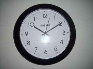 14 School Wall Clock Skyscan Atomic Clock Battery Operated Vintage