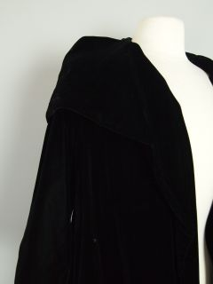 Vtg 50s Black Hooded Velvet Cloak Opera Coat Jacket Swing Clutch M