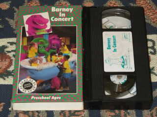 BARNEY IN CONCERT VHS VIDEO SING ALONG AND THE BACKYARD GANG - Barney concert vhs