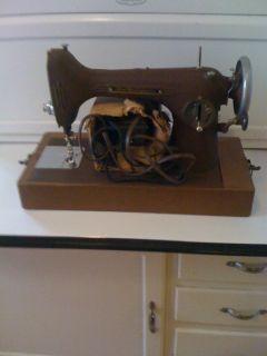 Vintage Free Westinghouse Sewing Machine Heavy Duty w Case