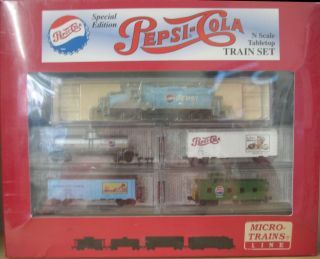 MICRO TRAINS N SCALE COLLECTORS PEPSI COLA TRAIN SET   LOCO, 3 CARS