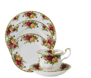 England 1904 Old Country Roses 20 PC Bone China Dinnerware