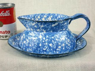 Stangl Town Country Blue Gravy Boat Underplate Small Hairlne on Plate