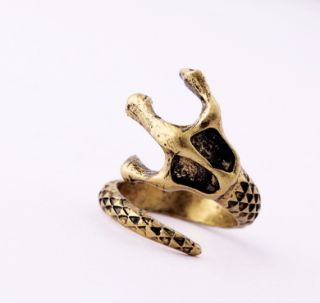 Cute Snake Tail Rings Retro New Fashion Womens Girls Jewelry Ring