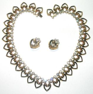 CROWN TRIFARI VINTAGE RHINESTONE HEART NECKLACE & EARRINGS GOLD TONE
