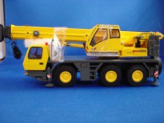 TWH Grove GMK 3055 Crane