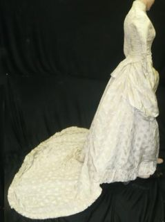 Superb Orig Vtg Victorian Winter Brocade Wedding Gown Dress Long Train