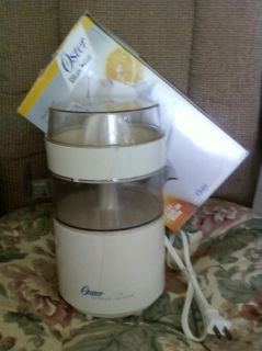 Oster Citrus Juicer Mode 4100 08 Electric USED BUT CLEANED IN GOOD