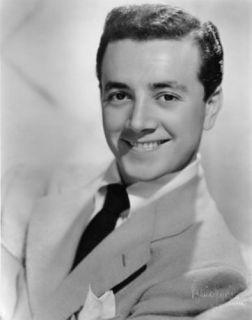 Pop Big Band Music Pioneer Vic Damone Autograph Radio TV Movies