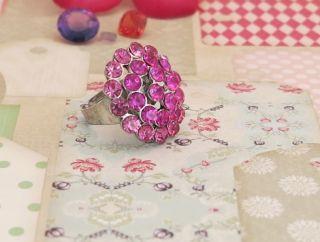 Vintage Crystal Rhinestone Ring Amazing Pink Fantastic Condition 083