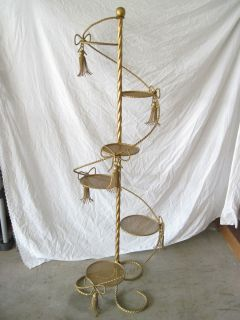 BRASS WINDING STAIRCASE DESIGN DISPLAY STAND WITH 6 PLATFORMS TIWSTED