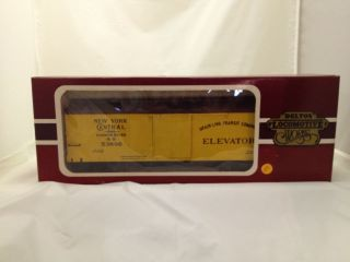 Delton locomtoive G scale model train   New York Central box car stock