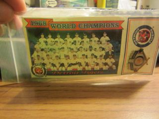 1968 DETROIT TIGERS World Series Champs Team Photo Pin Card SGA Tiger