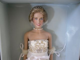 Mint Princess Diana Royal Portrait Doll SEALED COA Le 750 New