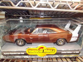 Ertl 1/18 1969 Dodge Daytona hemi Bronze w/ white stripe NIB