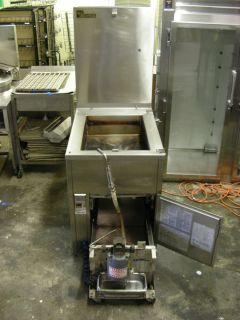 Baxter Donut Doughnut Fryer Machine w grease filter Nat Gas SP155G