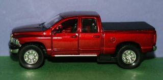 Dodge RAM Quad Cab 1 50 Diecast Metal Model 1 50 Scale
