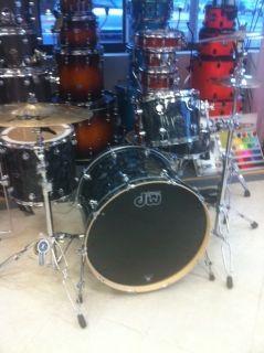 DW Performance Series Drum Set 3 PC New Rock Set Up