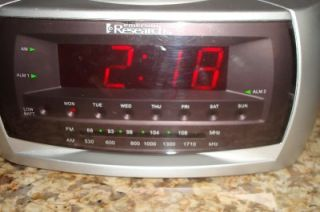 Emerson Research Dual Alarm Am FM Clock Radio w Smartset Includes
