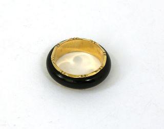 lovely vintage 14k gold black onyx engraved ring