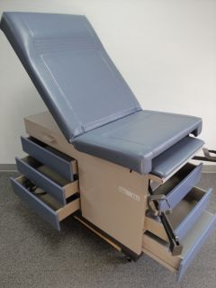 Used MIDMARK Ritter 104 Exam Table Excellent Condition Iris Blue Top