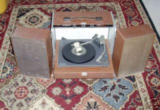 Vintage General Electric Record Player Trimline 400