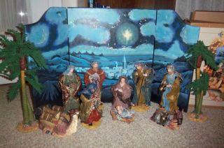 Grandeur Noel Large Fabric Mache Nativity Set 12 Pieces 2001 with