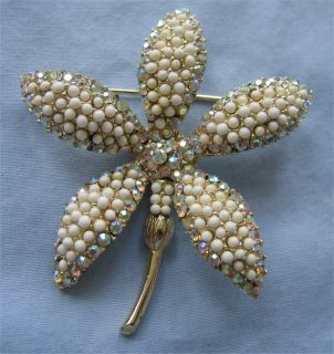 Sale H Pomerantz A Borealis Rhinestone Flower Brooch