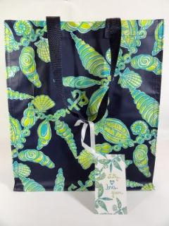 Lilly Pulitzer  Fallin in Love  Market Bag Sea Shells Green