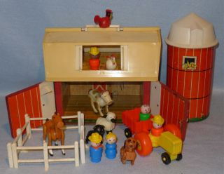 Vintage Fisher Price Farm Playset Toy with Little People Old Barn