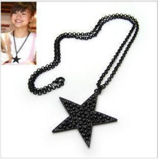 Fashion Black Star Shape Necklace NEW