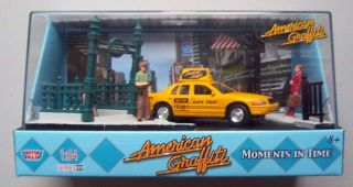 FORD CROWN VICTORIA Motormax American Graffiti Diecast Diorama City