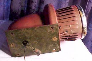 Vintage Federal Signal Military Fire Truck Siren Light 24 Volts