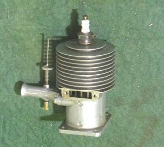 Forster Super 99 Ignition Model Airplane Engine 1946 1558
